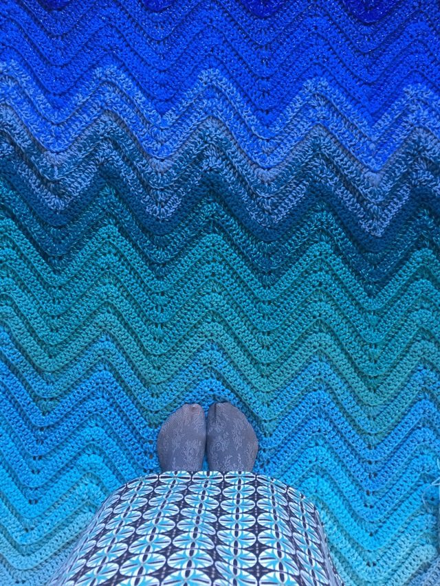 Blue Ombre Chevron Crochet Blanket 7
