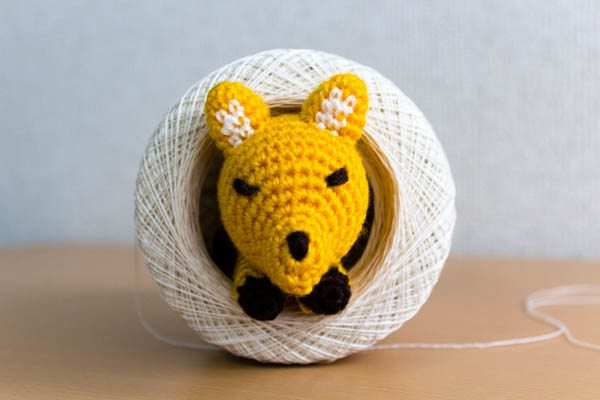 Amigurumi Wool : Interview with Amigurumi and GIF Crochet Artist Betibettin