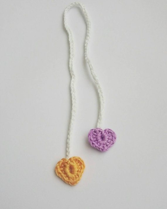 crochet-heart-umbilical-cord-ties