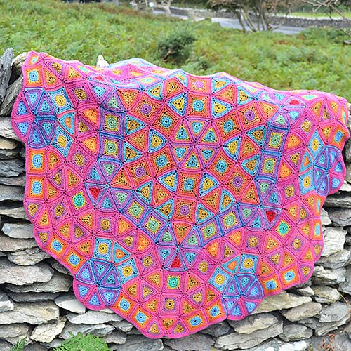 rose-window-crochet-blanket-by-amanda-perkins