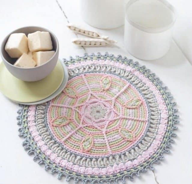 crochet-mandala-by-marie-line
