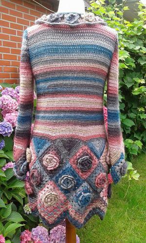 crochet-roses-cardigan-free-pattern