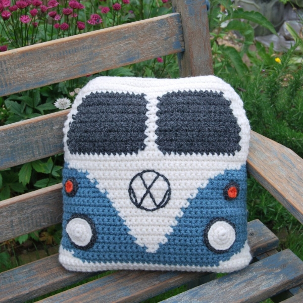 crochet-vw-van-cushion-pattern