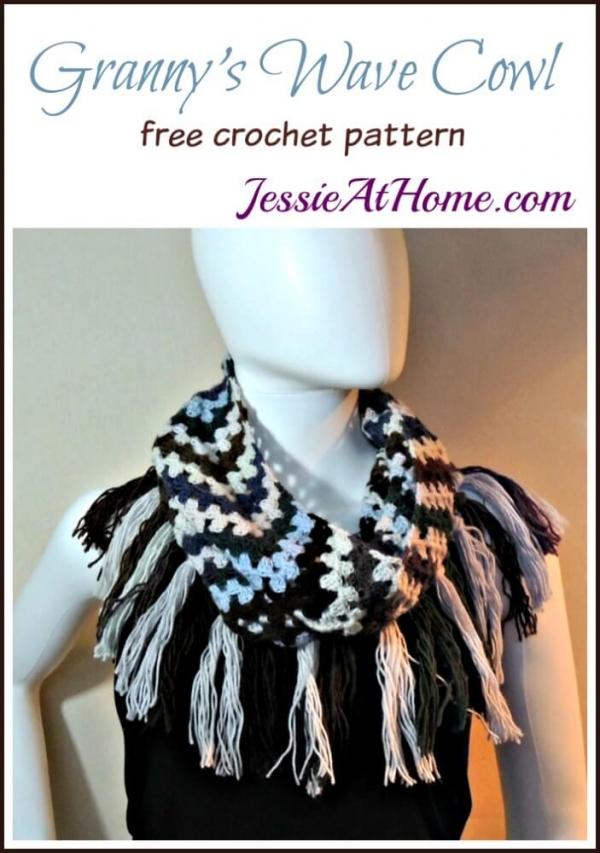 grannys-wave-cowl-free-crochet-pattern