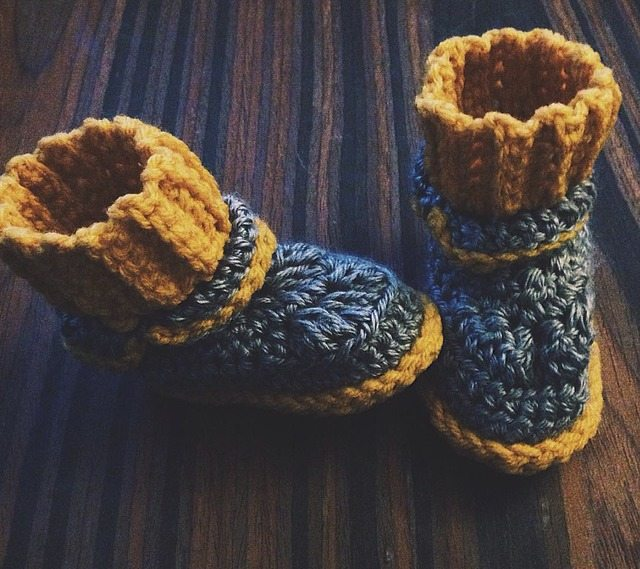 khonnie-crochet-booties