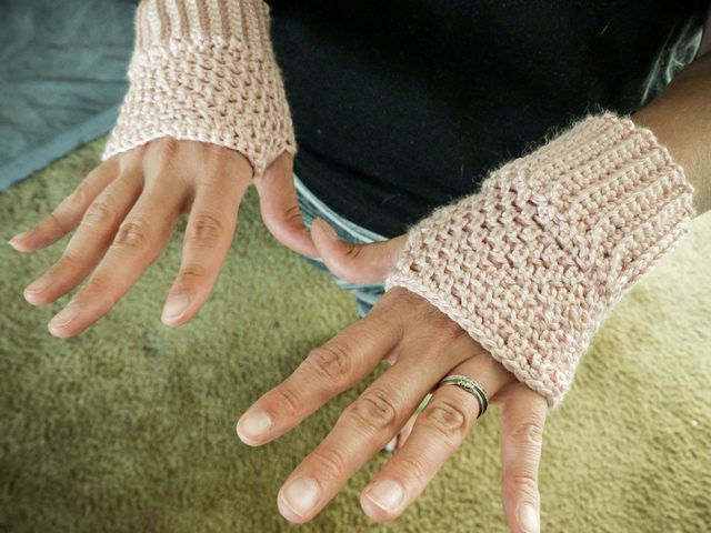 crochet gloves by Erna