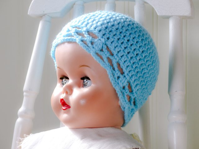 crochet baby hat for charity
