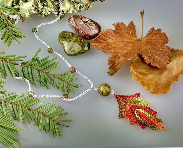 crochet leaf pendant by red squirrel crafts