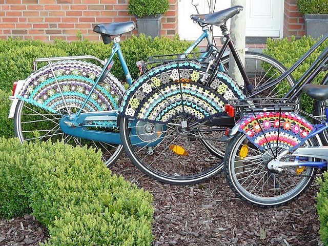 Bicycle Crochet Patterns: Skirt Guards, Bike Seat Covers ...