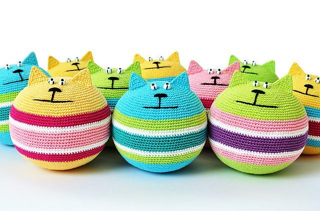 crochet cat stress relief ball