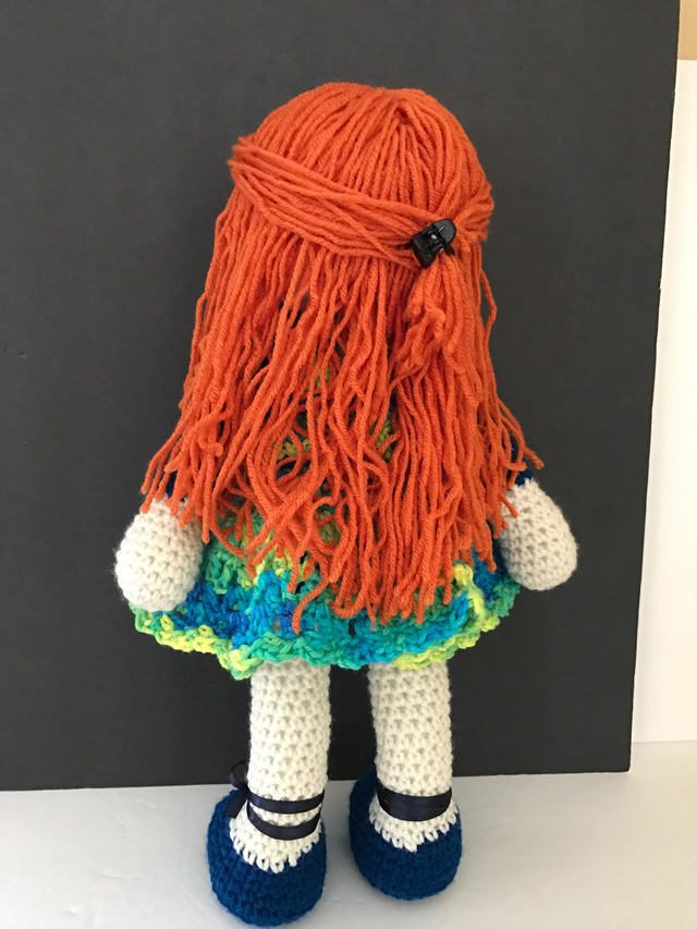 crochet doll by maria cabriza