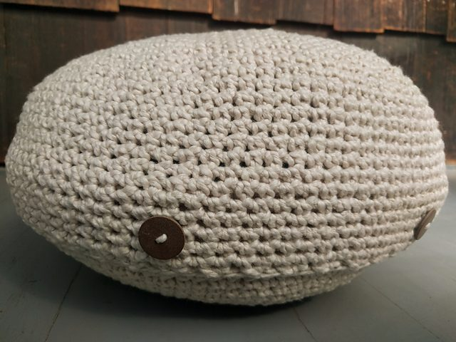 meditation cushion cover crochet pattern