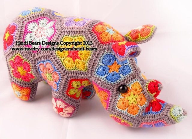 crochet rhino pattern with african flowers