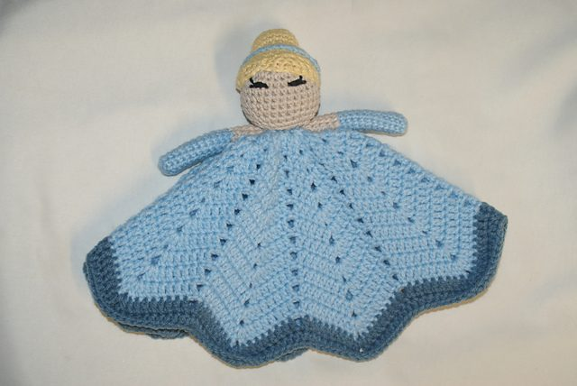 crochet princess lovey blanket