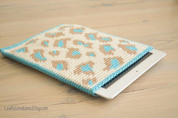 leopard print ipad cozy crochet pattern