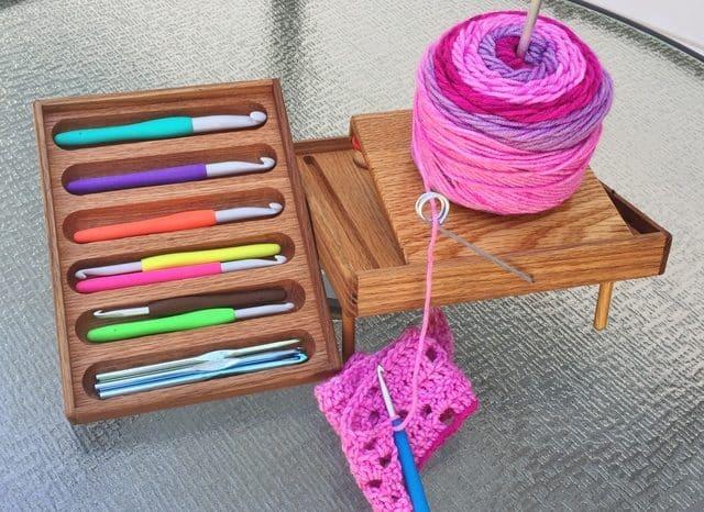 organizer for bedrest crochet