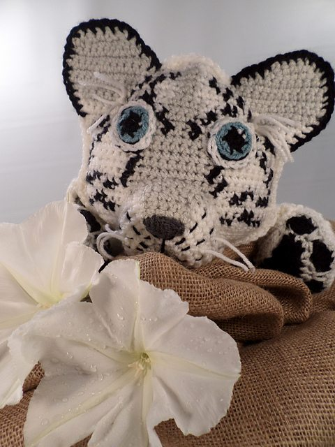 snow leopard crochet pattern
