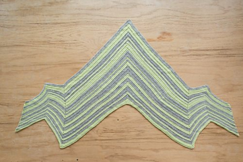bolt shawl crochet pattern