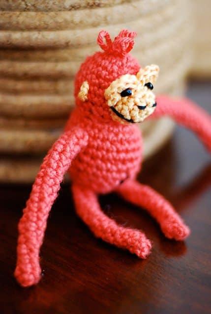 itty bitty orangutan crochet pattern